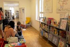 biblioteca-corbetta-baby-pit-stop-unicef-nati-per-leggere-poltrona-allattamento-mimmama-leura