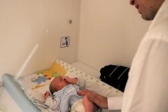 cambio-pannolini-bambino-servizi-leura