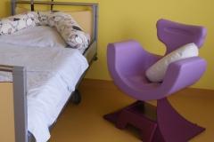 Wochenstation-Helios-Klinik-Pforzheim-Stillstuhl-mimmama-leura