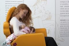 ospedale-pistoia-sedia-allattamento-mimmama-leura-posizione-rugby