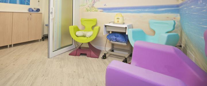 2-ospedale-bufalini-ausl-cesena-maternita-poltrona-allattamento-al-seno-mimmama-leura