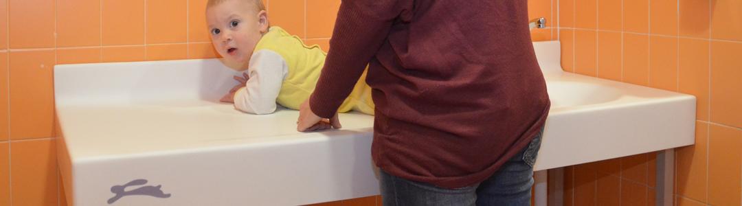 fasciatoio-lavabo-nursery-pusico