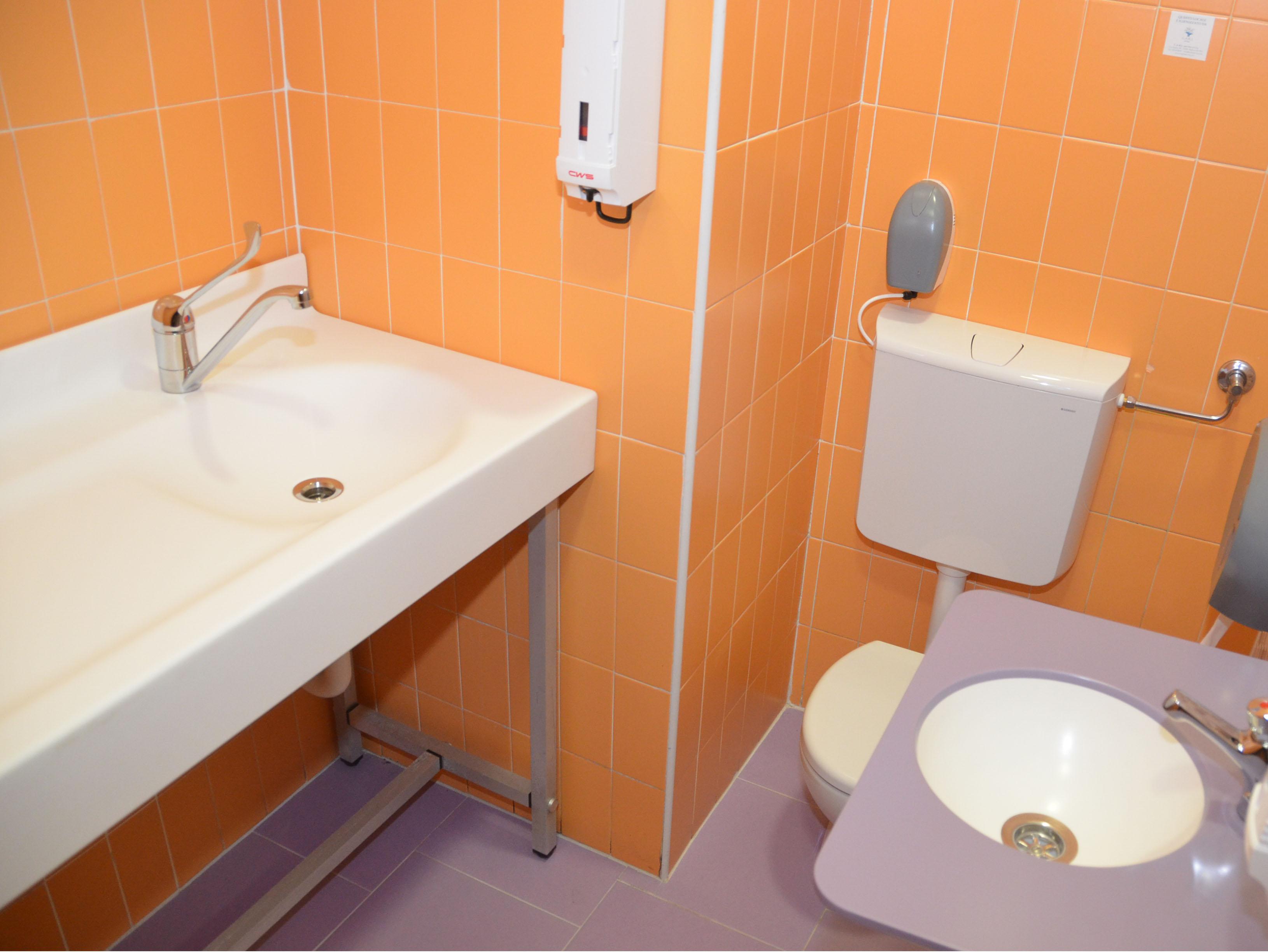 Baby-toilet-Centro- commerciale-il-gotico-piacenzajpg